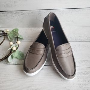 Cole Haan loafers sneakers slip on gray 7